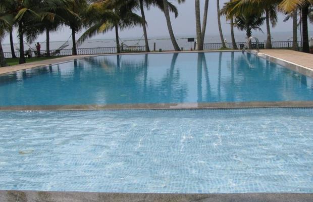 фотографии отеля Cocobay Resort изображение №3