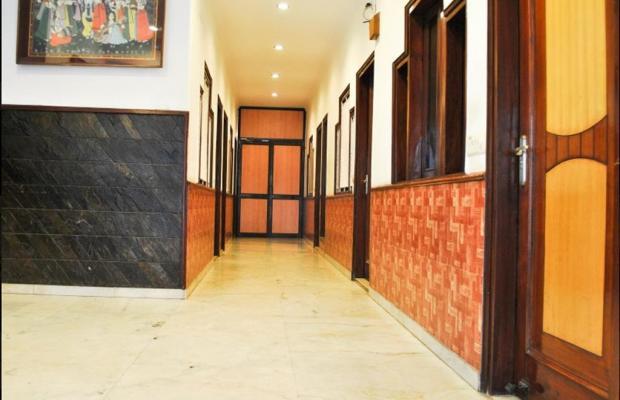 фото отеля Yuvraj Deluxe изображение №5