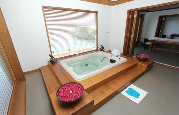 фото The Raviz Resort and Spa Ashtamudi  изображение №10