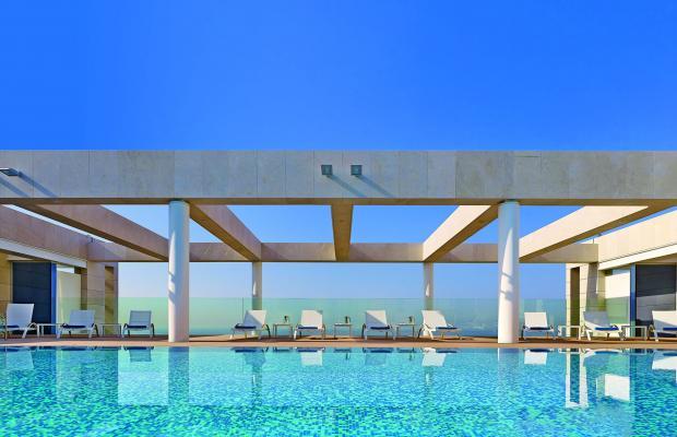 фото отеля The Ritz-Carlton изображение №1