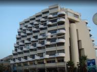 Marine Heights Suites, 4*