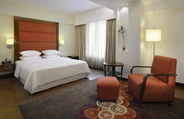 фото отеля Four Points by Sheraton Ahmedabad (ex. Royal Orchid Central) изображение №9