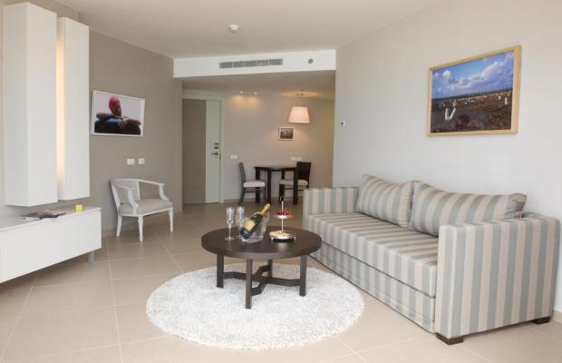 фото Ramada Hotel & Suites изображение №26