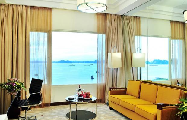 фото Royal International Hotel & Villas (Royal Casino Hotel & Villa Halong Bay) изображение №30