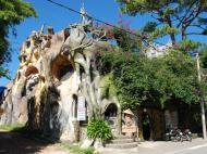 Crazy House, 2*