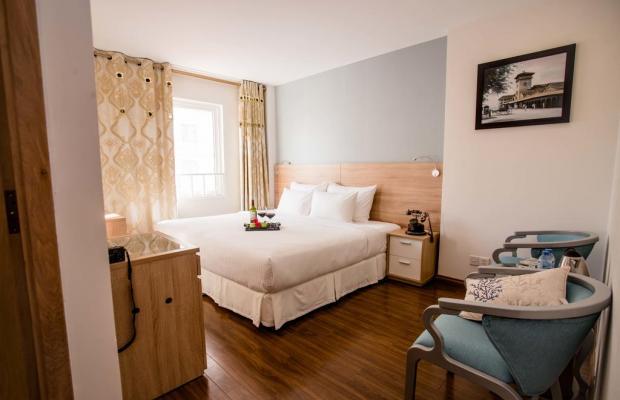 фотографии A & Em Corp Le Prince Hotel изображение №12