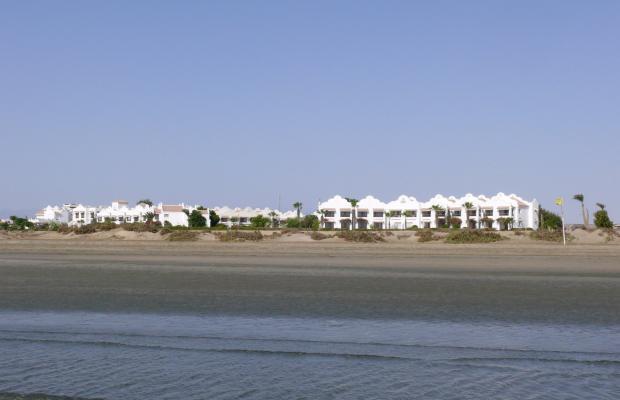 фотографии отеля Lahami Bay Beach Resort & Gardens изображение №7