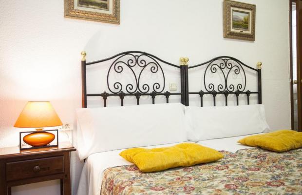 фото отеля Hostal Armesto изображение №9