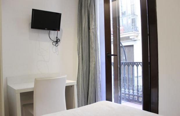 фото отеля Hostal Fina изображение №5