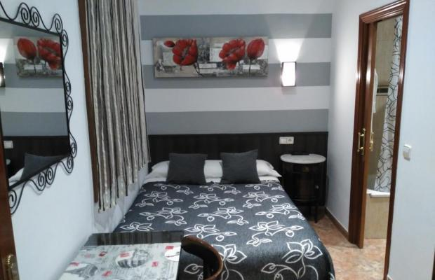 фотографии отеля Hostal Bruna изображение №3