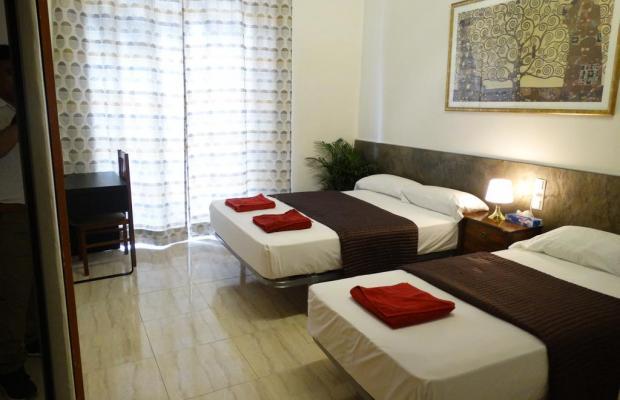 фото отеля Hostal Mont Thabor изображение №17
