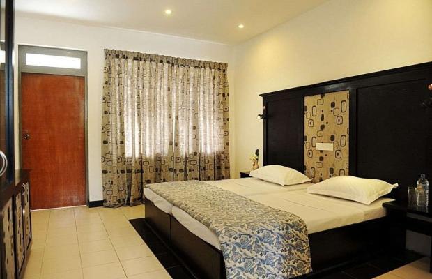 фотографии отеля Don's Beach Hotel изображение №11