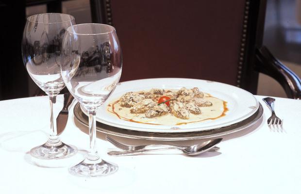фото Casa Canut Hotel Gastronomic изображение №2