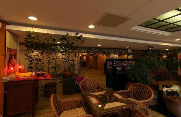фото отеля Lee Wan Hotel изображение №9