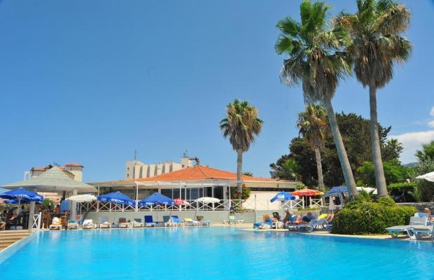 фото отеля LA Hotel & Resort изображение №21