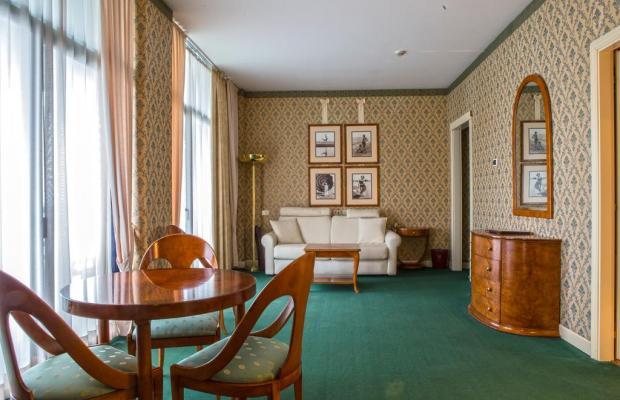 фотографии Grand Hotel Astoria изображение №12