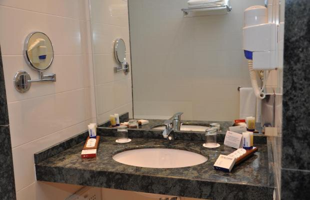 фото Across Hotels & Spa изображение №14