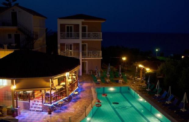 фотографии Amoudi Hotel Apartments изображение №4